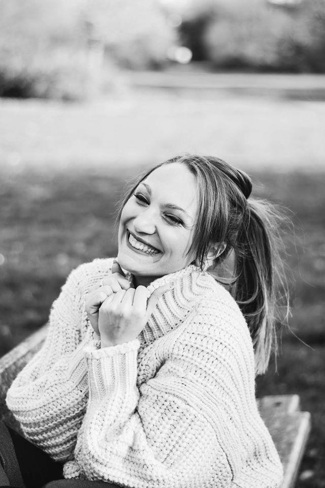séance-photo-femme-portrait-solo-confiance-en-soi-parc-mons-waux-hall